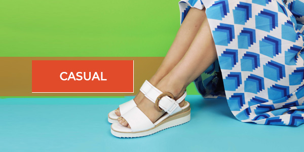 scarpa in vera pelle bianco con inserto cintura